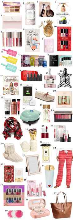 The ultimate Christmas gift guide including the best Christmas gift ideas for women under $25! You won't want to miss this adorable Christmas gift guide for women created by Florida beauty and fashion blogger Ashley Brooke Nicholas