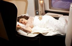 BA British Airways New First Class Sleep~ Yep! How the other half live! First Class Airline, First Class Flights, British Airways, Business Class Tickets, Airfare Deals, Good Night Everyone, International Airlines, Air New Zealand, Rachel Weisz
