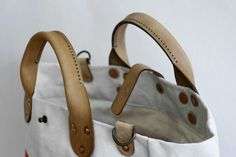 Hard-Working Canvas Bags—Made in Chicago