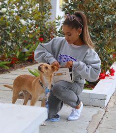 Ariana Grande – out in LA 15.08.15
