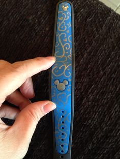 My decorated magic band! Used silver sharpe pen.