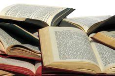 Leer muchos muchos libros.