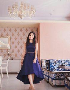 Stylish Dresses For Girls, Stylish Dress Designs, Frocks For Girls, Designs For Dresses, Indian Gowns Dresses, Indian Fashion Dresses, Dress Indian Style, Girls Frock Design, Long Dress Design