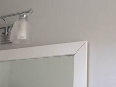 Useful Walk-in Shower Design Ideas For Smaller Bathrooms – Home Dcorz Bathroom Colors, Bathroom Sets, Bathroom Fixtures, Dyi Bathroom, Remodled Bathrooms, Master Bathroom, Bathroom Mirrors, Simple Bathroom, Inexpensive Bathroom Remodel