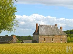 A listed, 16th & 17th century manor house with its outbuildings and 10 ha of land in the Anjou region - France mansions for sale - in Normandie, Bretagne, North, Perche - Patrice Besse Castles and Mansions of France is a Paris based real-estate agency specialised in the sale of Manors.