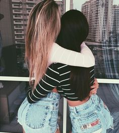 *literally pins every single cliche blonde/brunette BFF pair ever onto your board* Best Friend Fotos, Go Best Friend, Best Friends Forever, Bff Goals, Friend Goals, Squad Goals, Best Friend Pictures, Bff Pictures, Friend Photos