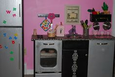 Itsy Bitsy Play Food: Retro Modern DIY Play Kitchen