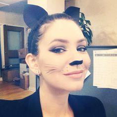 Kitty cat Halloween makeup