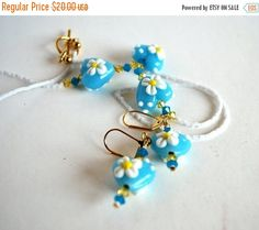 #bmecountdown ❘❘❙❙❚❚ ON SALE ❚❚❙❙❘❘   Blue Heart and White Daisy Necklace and Matching Earrings, Handmade Jewelry Set, Handmade Beads   Style: Necklaces for