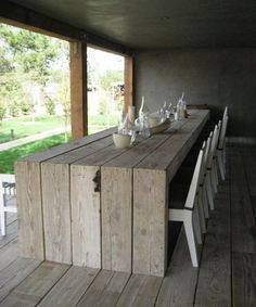 Recycled wood furniture dining table outdoor ; Gardenista