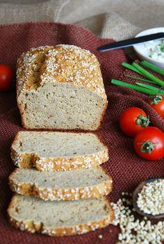 Как то получается так, что если я вспоминаю о хлебе, то я хочу чиабатту, и к моему сожалению замены этому хлебу для себя я не нашла. Не смотря, на мои удачные адаптации, я всегда в поиске рецептов вкусного хлеба, и если нахожу что-то обнадеживающее, не затягивая приступаю к делу! Сегодняшний хл