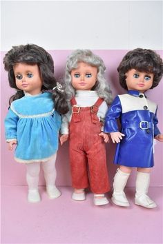 VTG Aradeanca Set Of Three Dolls Plastic Style Clothing Collectable