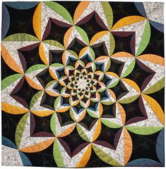 Full Circle by Linda Forey. 2013 Festival of Quilts (UK)