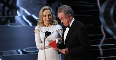 Here's how the worst flub in Oscar history went down