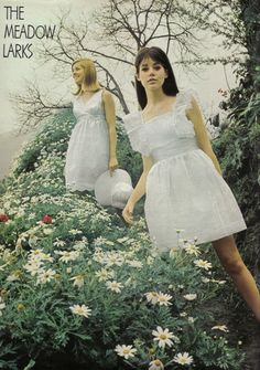 Seventeen Magazine May 'Want to live with larky charm on any summer landscape? Try your wings in little doll dresses. 60s And 70s Fashion, Seventies Fashion, Teen Fashion, Retro Fashion, Fashion Models, Vintage Fashion, Gothic Fashion, 1960s Dresses, Vintage Dresses