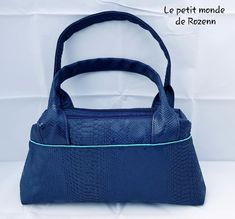 Sac City Zip-Zip simili dragon bleu cousu par Le petit monde de Rozenn - Patron Sacôtin