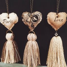 … make paper tops! Diy Tassel, Tassels, Diy And Crafts, Arts And Crafts, Felt Fabric, Heart Art, Tassel Necklace, Creations, Jewelry Making
