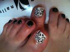 Gel Toes Black and White