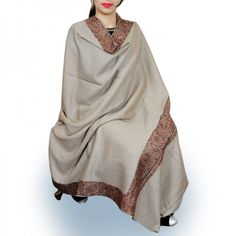 Kashmir Villa Sophisticated Charming This Kashmiri Sozni Exclusive Semi Pashmina Shawl