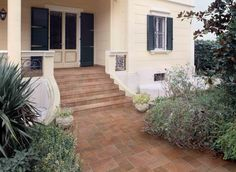Traditional Exterior Tiles. Polis - Porfido