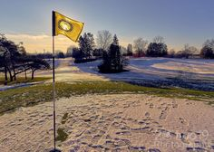 A good start to the New Year with an early morning hike and some photos at @dundasvalleygolfandcurlingclub  Thanks for the advanced permission to come and shoot some photos. Jamie it was great meeting up with you.  #liveyouradventure #20two19 #dundasont #dundasvalley #dundasontario #exploreontario #ontario_ca #DiscoverON #torontoclicks #outerwhere #outerwear #eddiesetgo #travelblog #bigoutdoors #adventure #captureonepro #lifestyleblog #travelphotography #wanderlust #lifestyle #fitness…