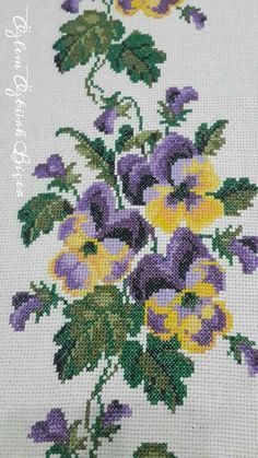 Cross Stitching, Cross Stitch Embroidery, Cross Stitch Patterns, Hand Embroidery Designs, Embroidery Patterns, Pixel Crochet Blanket, Cross Stitch Flowers, Embroidery Techniques, Pansies
