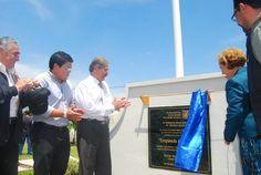 Norman Quijano estuvo en la inauguración del Monumento al Empleado Municipal.