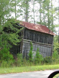 Log Tobacco Barn, Georgia