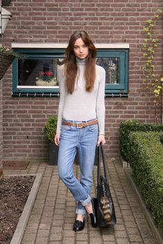 Easy outfit.. turtleneck, boyfriend jeans and loafers.