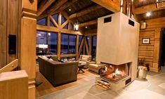 Utsikten i stuen Winter House, Scandinavian Design, Divider, Real Estate, Furniture, Home Decor, Living Room, Decoration Home, Room Decor