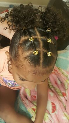 Little girl easy hairstyle - Tatas hairstyles -You can find Kid hairstyles and more on our website.Little girl easy hairstyle - Tatas hairstyles - Cute Toddler Hairstyles, Kids Curly Hairstyles, Cute Little Girl Hairstyles, Natural Hairstyles For Kids, Natural Hair Styles, Mixed Baby Hairstyles, Hairstyle Ideas, Hair Ideas, 1950s Hairstyles