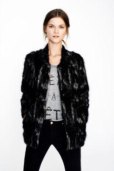 Zara December Woman Lookbook: STUDIO PRINTED 3/4 LENGTH COAT PRINTED T-SHIRT