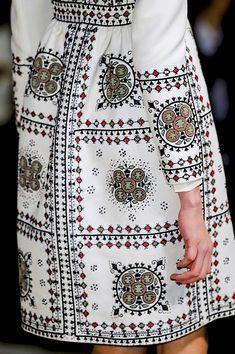 e c c o * e c o: Paris Fashion Week: Textile Report 2