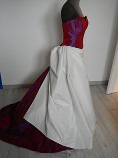 Robe de mariée ivoire et rose/rouge T40 neuve