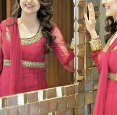 Dpzz Stylish Dpz, Stylish Suit, Stylish Girl Pic, Teenage Girl Photography, Girl Photography Poses, Frock Suit Anarkali, Lehenga, Nimrat Khaira, Punjabi Girls