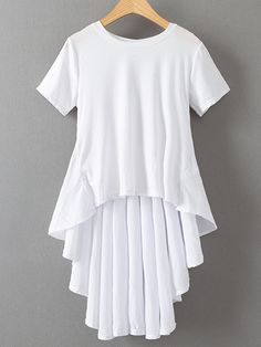 White Dipped Hem Pleated Back T-shirt Hijab Fashion, Fashion Dresses, Vestidos Retro, Mode Hijab, Blouse Dress, Designer Dresses, Western Tops, Tunic Tops, T Shirts For Women