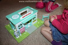 TV473 Hospital Set & Budkins Characters Reviewed by Mellowmummy.co.uk