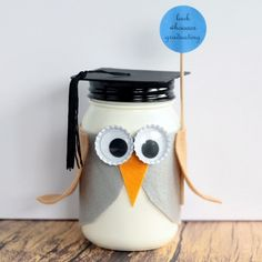 This graduation mason jar gift is perfect for graduates of all ages! Make this cute owl mason jar in just minutes with our patterns and instructions. Family Crafts, Home Crafts, Mason Jar Gifts, Mason Jars, Country Chic Cottage, Homemade Cleaning Products, Graduation Gifts, Craft Projects, Best Gifts