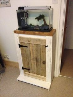 Aquarium stand made out of pallets
