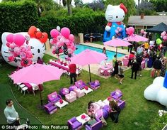 Wow! This Hello Kitty Party looks out of this world! I wish I was invited to this party! All the decorations of Hello Kitty's head are just so cute! What a fun party to go too, and what a great theme to have!