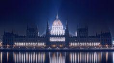 Budapest, Hungary. - Discover more! www.mustgotravel.com/?utm_content=bufferef705&utm_medium=social&utm_source=pinterest.com&utm_campaign=buffer #travel #europe #budapest #hungary #evening #lights #building #mustgotravel