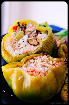 Stuffed Green Peppers? Yes please! Provided by EpicureanBB #fitocracy #fitnessfriendly