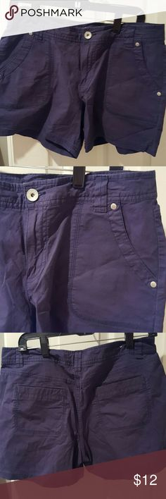 """DKNY shorts Lightweight cotton navy shorts with 4"""" inseam and 2% spandex for a little stretch DKNY Shorts"""