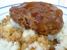 SLOW COOKING PORK CHOPS DELUXE Recipe