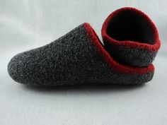 Ravelry: Men's Scuff Slippers Felted Knit Pattern pattern by Monique Rae