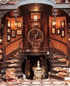Le style Steampunk à quitté rapidement sa sphère littéraire pour s'étendre à d'autres domaines comme celui de la décoration et dans le design d'intérieur.