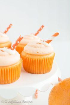 Orange Cupcakes, Summer Cupcakes, Wedding Cakes With Cupcakes, Creamsicle Cake, Orange Creamsicle, Mini Cakes, Cupcake Cakes, Cup Cakes, Cupcake Recipes