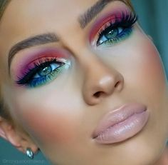 Eye Makeup Tips.Smokey Eye Makeup Tips - For a Catchy and Impressive Look Makeup Goals, Makeup Inspo, Makeup Art, Makeup Tips, Makeup Ideas, Makeup Salon, Makeup Basics, Easy Makeup, Mua Makeup