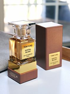 London by Tom Ford. Shop niche perfumery samples at Fimaron. Search your favorite parfums in our niche collection. Perfume Deals, Perfume Hermes, Perfume Scents, Perfume And Cologne, Fragrance Parfum, Perfume Bottles, Mens Perfume, Perfume Collection, Body Butter
