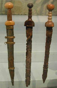 Ancient Roman Swords (Gladius) [950x1474]
